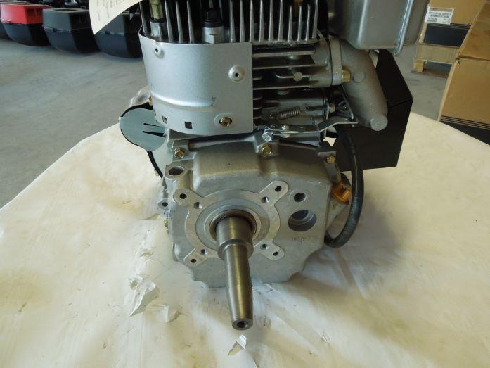 Briggs & Stratton Vanguard 18 PS 2 Zylinder Motor - Briggs ...